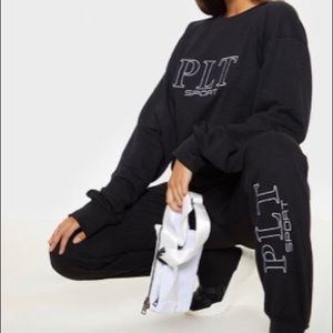 PRETTY LITTLE THING JOGGERS/SWEATS
